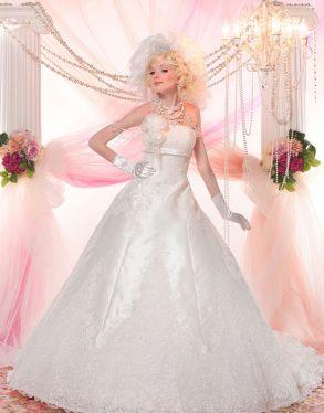ウェディングドレス 純白