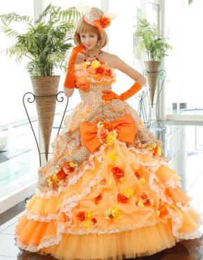 ウェディングドレス イエロー