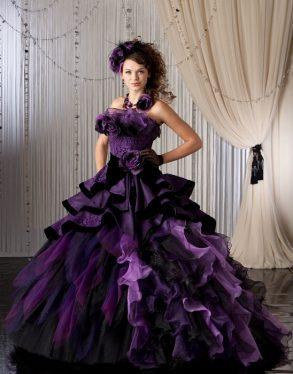 ウェディングドレス 紫