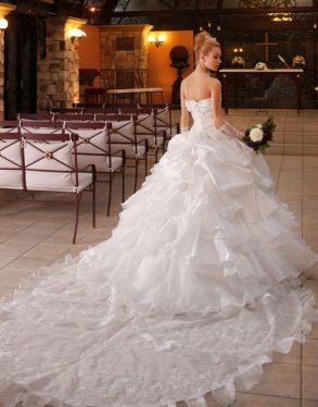 ウェディングドレス ホワイト